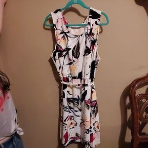 NWT Signature Collection white tropical dress